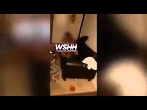 Husband Catches Wife Cheating On Camera W/ The PlumberKaynak: YouTube · Süre: 3 dakika8 saniye