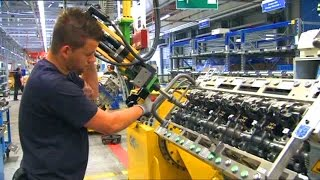 Truck engine production. Mercedes-Benz Mannheim plant.