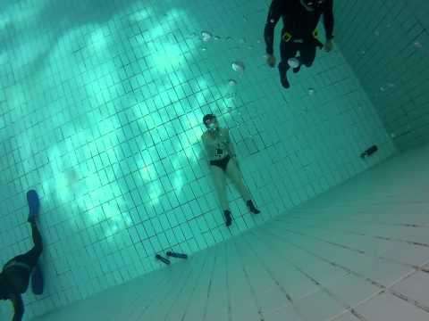 Freediving Training at Kowloon Park Pool at Jan 26. 2013