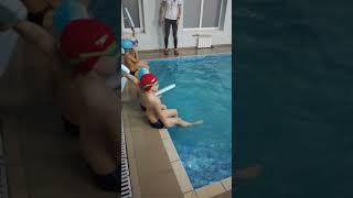 Открытый урок в бассейне у Артура.