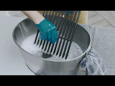 How to Clean And Season Your Cooking Grates