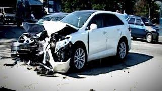 Тройное ДТП в Крыму - Пострадали Дети(На автодороге в Крыму близ Симферополя произошло ДТП с участием трех автомобилей. Инцидент произошел на..., 2013-07-24T09:40:05.000Z)