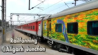 Rajdhani' gang at Aligarh Junction : Superb Honking and Track sound zone [Indian Railways]