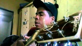 500 graus cassiane no violão