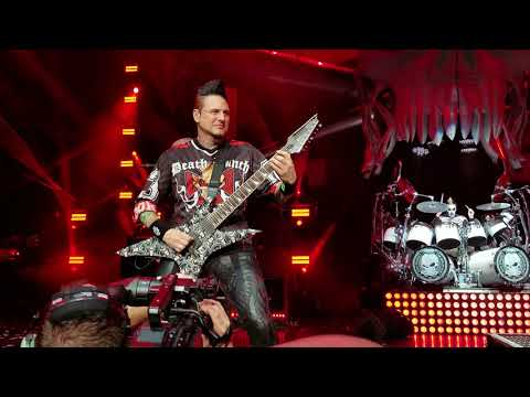 Five Finger Death Punch - The Bleeding; DTE Energy Music Theater; Clarkston, MI; 9-1-2018