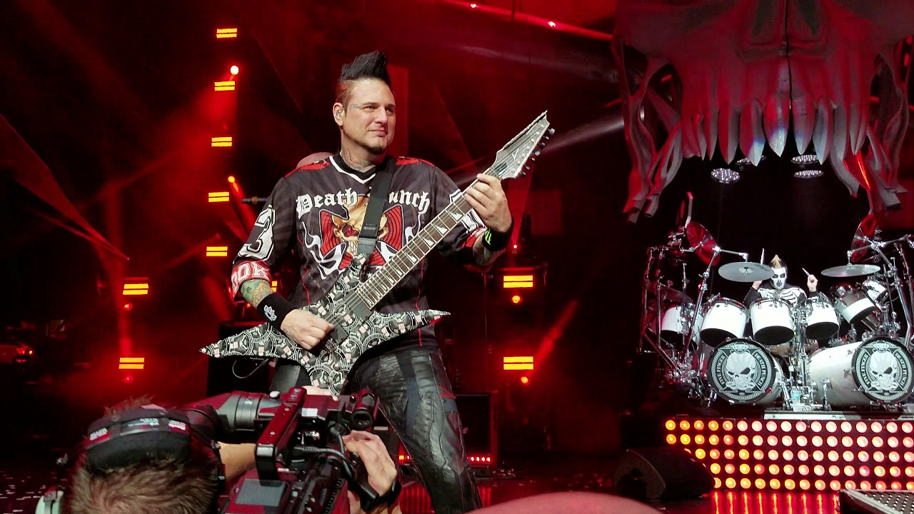 Download Five Finger Death Punch - The Bleeding; DTE Energy Music Theater; Clarkston, MI; 9-1-2018