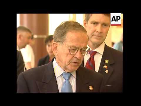US Senators visit China, comment on Taiwan