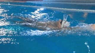 Техника плавания кролем на спине | Школа плавания #6