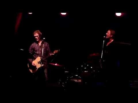 Mark Gable & Steve Kilbey - The Unguarded Moment