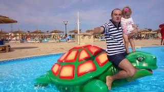 Exploram lumea marina din piscina cu Anabella Show