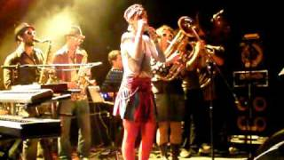 Emilie Chick, Scholarship, feat Pipo for People, Live @ l