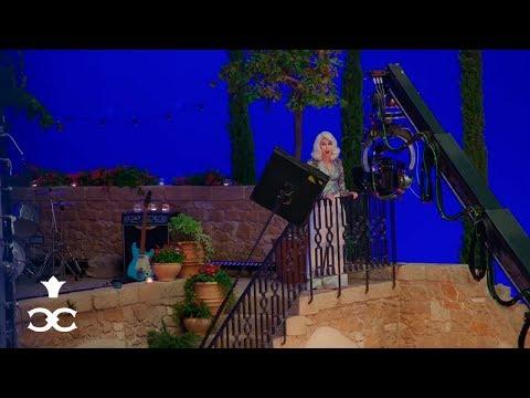 Cher - Behind the Scenes: 'Mamma Mia! Here We Go Again'