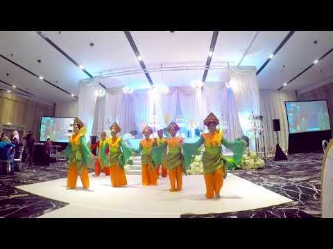 Wedding at Glamhall - Opening Dance