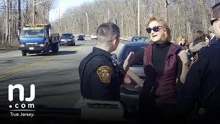 Full video: Port Authority commissioner confronts police during N.J. traffic stop thumbnail
