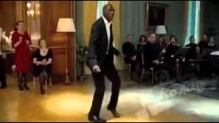 Прикольный танец под казахскую песню(Прикольное видео. Негр танцует под казахскую песню., 2014-06-09T09:29:13.000Z)