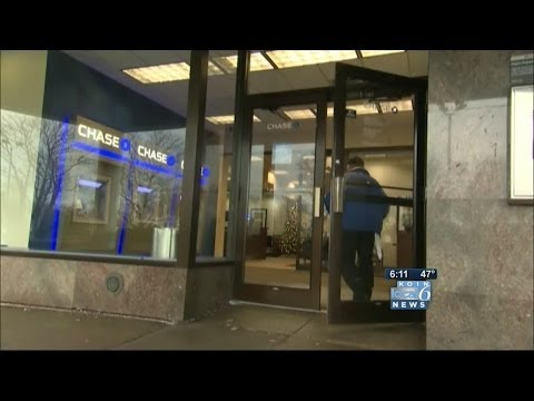 Chase bank opens Sunday to help Target shoppers