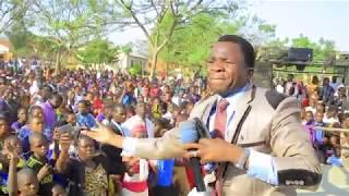 Gambar cover William Yilima-Jueni Kwamba (Official Video HD) sms SKIZA 8084516 to 811