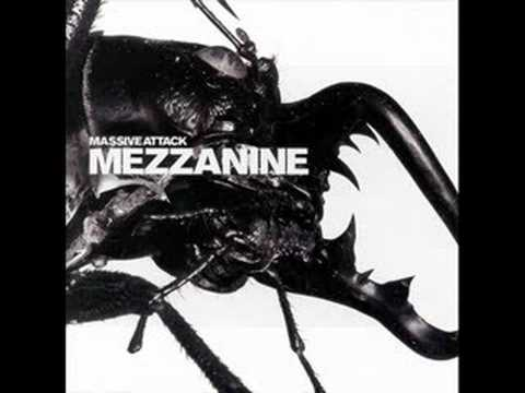 Клип Massive Attack - Man Next Door
