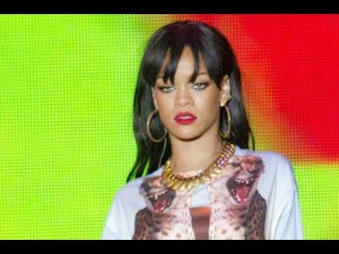 Rihanna Sues Accountant for Millions