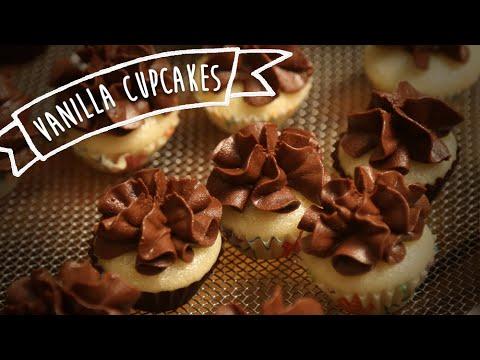 Vanilla cupcake chocolate icing