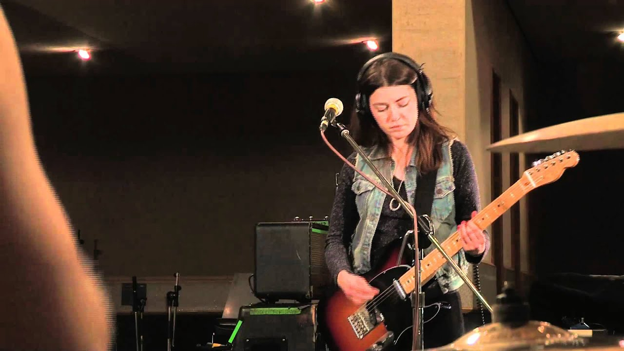 Blood Red Shoes - Cold in session for BBC Radio 1 - YouTube