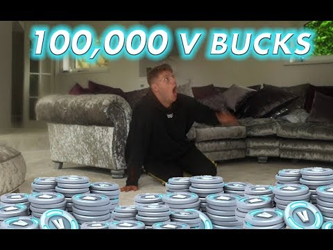 BOUGHT 100,000 V BUCKS ON MY BRO'S CARD!