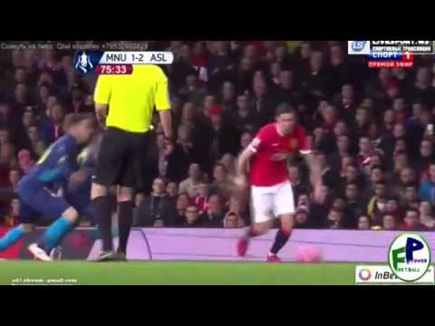 Angel Di Maria receives two yellow cards in a minute - Manchester United vs Arsenal 2015