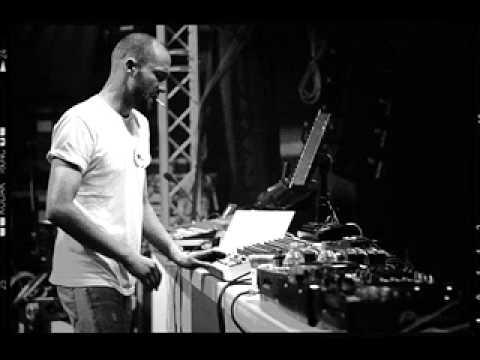 Paul Kalkbrenner - Live @ Studio 88 Aix-en-Provence (02.09.2005)