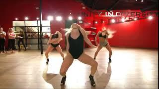 Becky G Natti Natasha Sin Pijama Dance.mp3