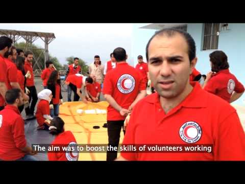 Syria: Red Crescent volunteers learn about emergency water supplies