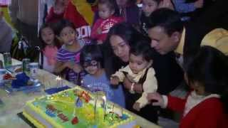 Xander's 1st Birthday Cake Cutting Ceremony Video - Singing Happy Birthday At Giggles