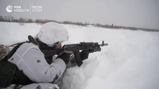 Зимние тренировки морских пехотинцев Тихоокеанского флота