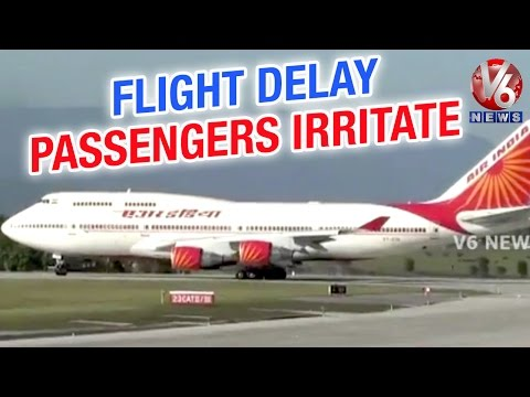 Air India passengers annoy on officials with flight delay - Teenmaar News (22-04-2015)
