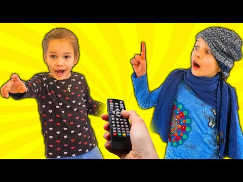 Amelia, Avelina and Akim have fun adventure with a magical remote control toy
