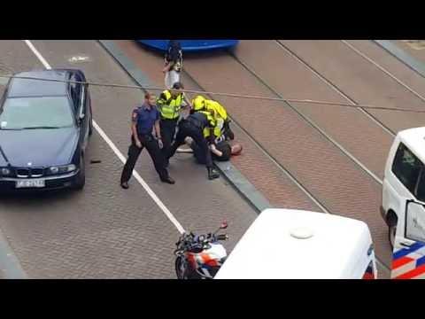 Poolse automobilist flink aangepakt door politie op Singel in Amsterdam