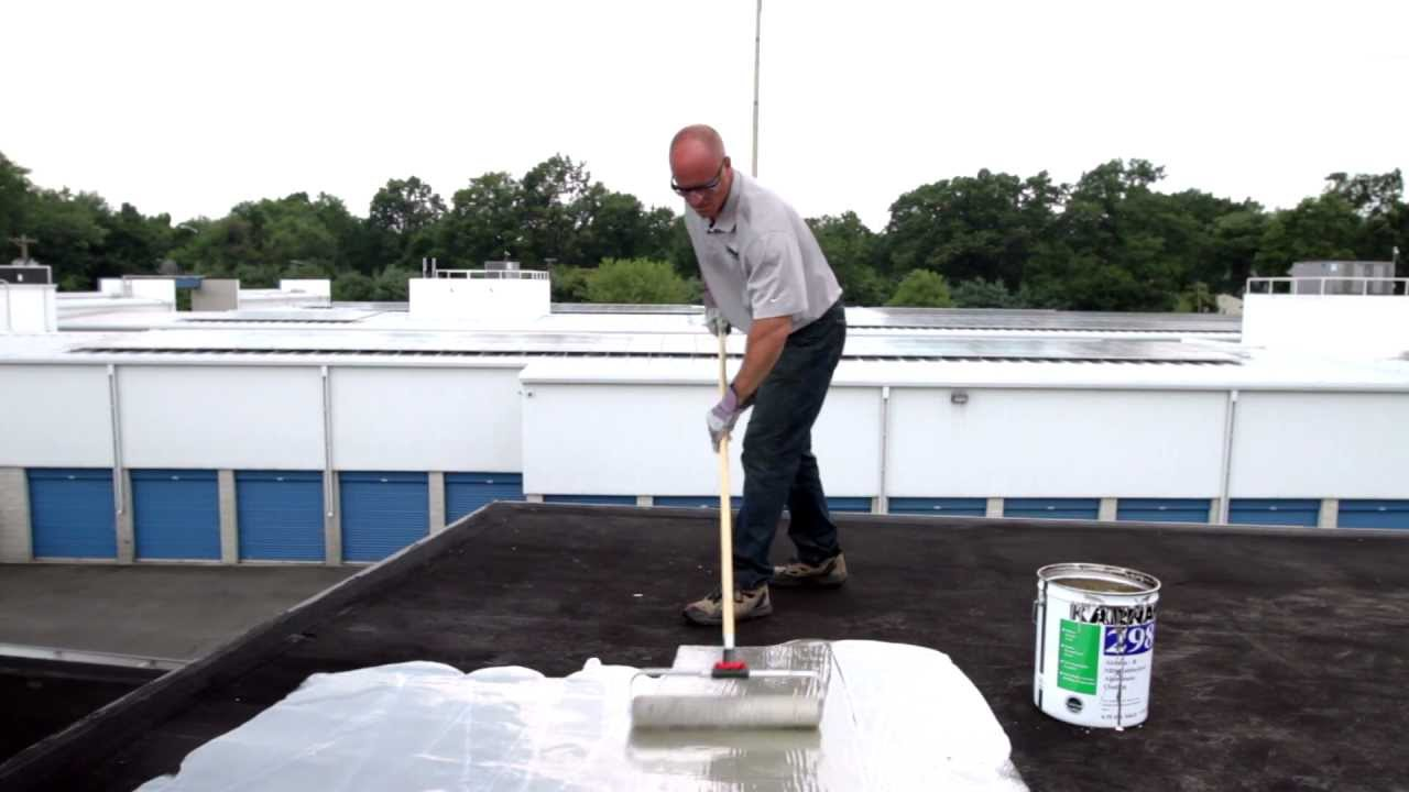 How To Apply 298 Rubberized Aluminum Roof Coating To Protect A Flat Roof    Reflective   KARNAK
