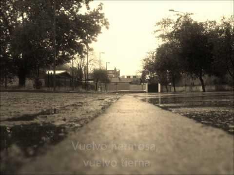Vuelvo - Francisca Valenzuela (Audio + Lertra)