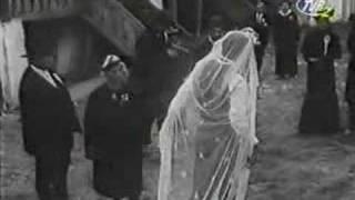 Nunta de piatra: Cantecul tobosarului