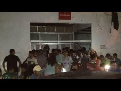 Bandidos atacam delegacia e explodem banco em Arame, no Maranhão