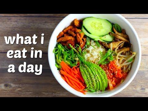 What I Eat in a Day // Homemade Vegan Yogurt, Bibimbap