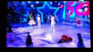 Айголек новый год(Ведущие Айголека на новогодней сцене национального канала Казакстан., 2012-01-01T22:46:12.000Z)