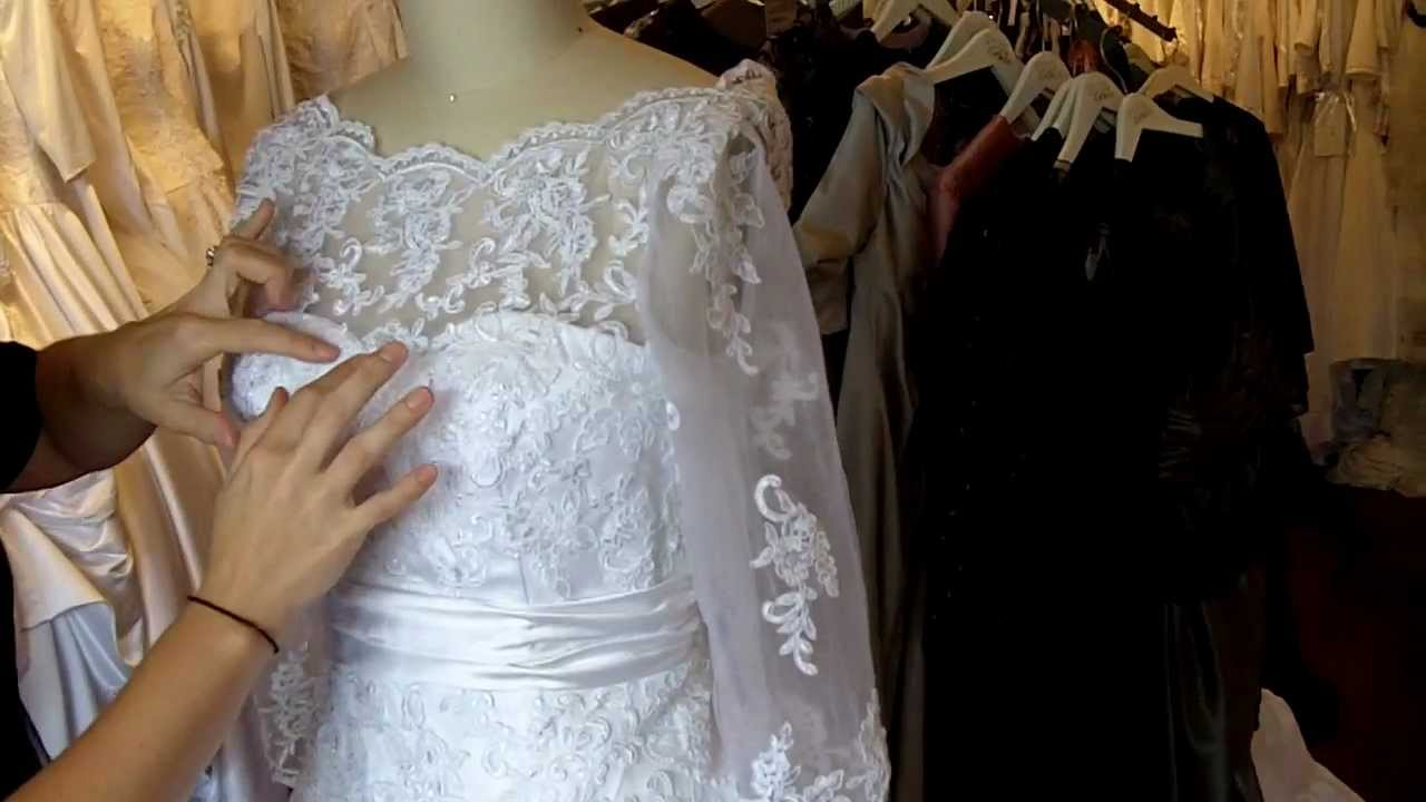 French Lace Wedding Gown: French Lace Wedding Dress With Sleeves