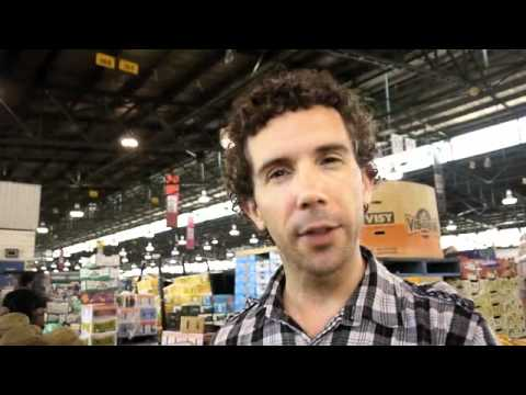 How To Buy Fruit in Bulk On A Raw Food Diet, Sydney Paddy's Market (Raw Vegan Show #49)