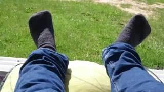 Levottomat jalat! Restless Feets!