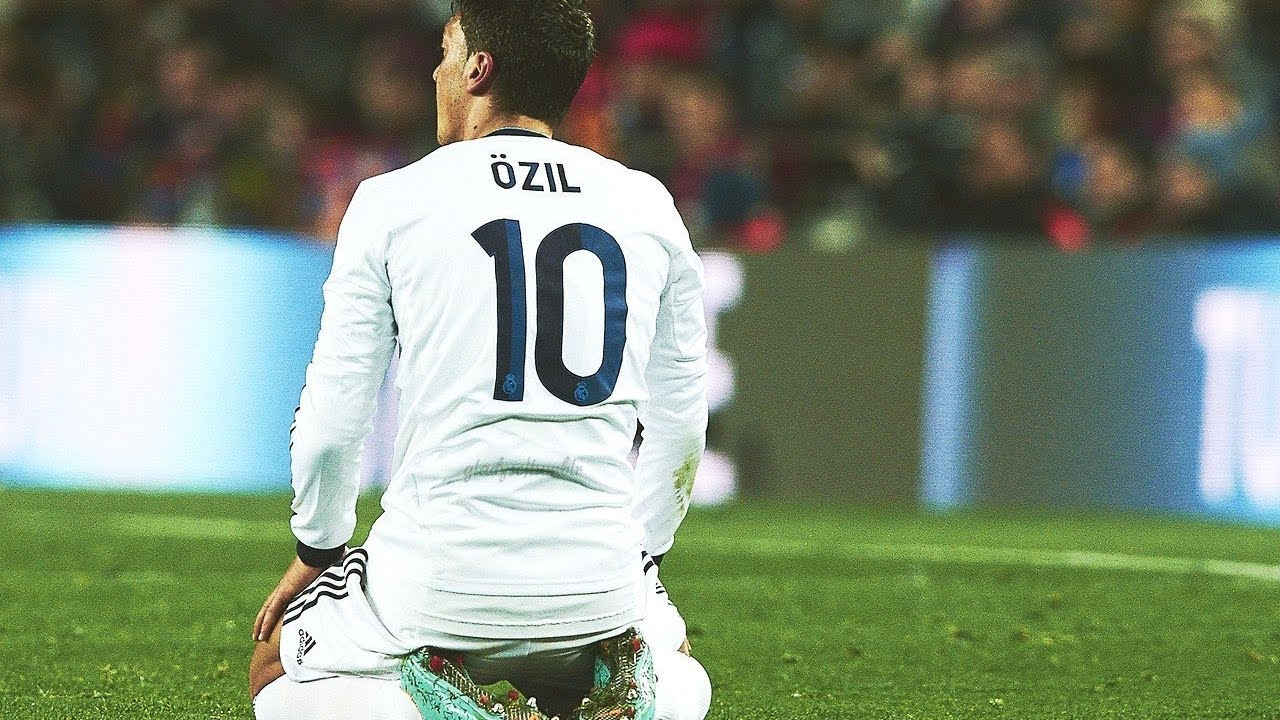 7d516baa4 Mesut Ozil 2010-2013 ▻The Perfect Midfielder ○Dribbling  Skills○Assists○Goals With Real Madrid