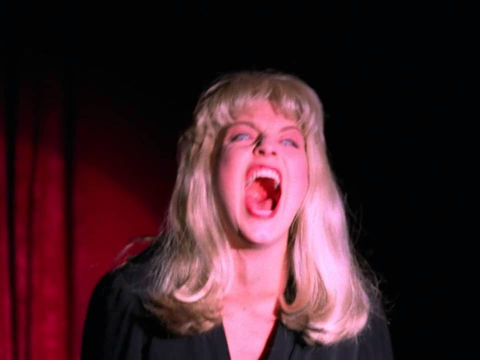 'Twin Peaks' premiere is weird and creepy and slow