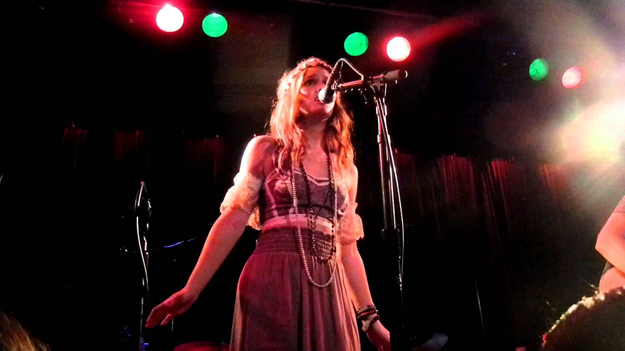 """Leighton Meester & Check In The Dark - """"Entitled"""" @ Slim's in San Francisco, CA (June 1, 2012)"""