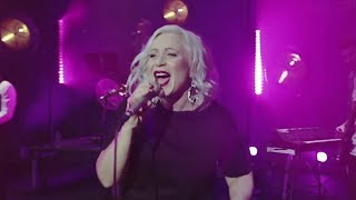 Lou Fellingham - Our God Is For Us ( Live)
