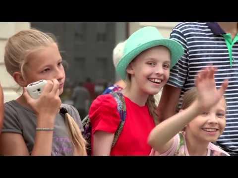 Russian Flash-mob in Siberia Novosibirsk СИБИРСКИЙ ХОРОВОД ДЕНЬ ГОРОДА В НОВОСИБИРСКЕ