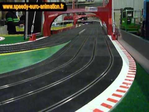 Animation circuit 24 géant soirée événementielle Leroy Merlin avec Speedy Euro Animation